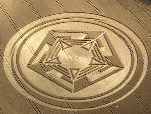 "Crop Circles, apparso un ""Pentagono"" a Bedfordshire (UK) 1"